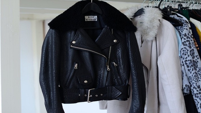 Leather coats and leather jackets