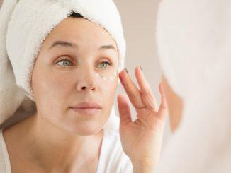 eye-cream-mistakes